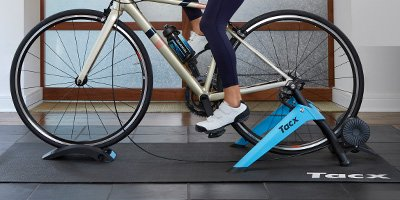 TACX® BOOST TRAINER